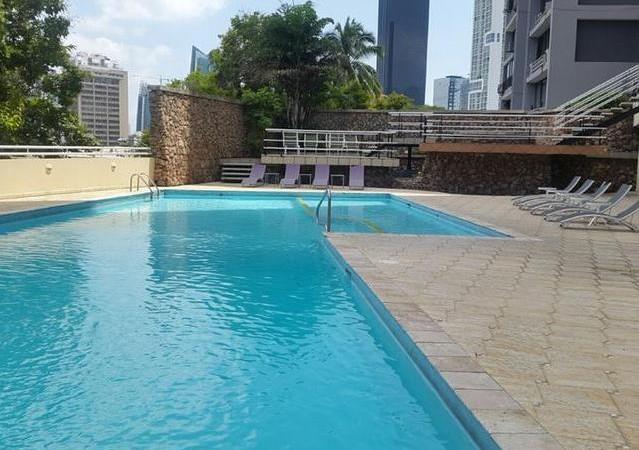 Amplio apartamento con hermosa vista ubicado en una de las mejores barriadas de Panama