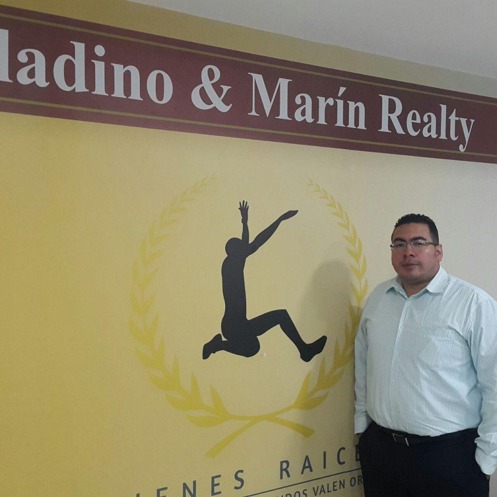 Oficinas Saladino y Marin